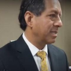 Edgar Quispe Remón Direktor der Wiederaufbaubehörde