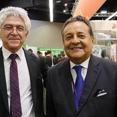 Im Bild ALfonso Velásquez mit Dr. Basurco von Peru-Vision auf der BioFach im Jahr 2017